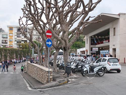 Sorrento Italy Hotels Near Train Station